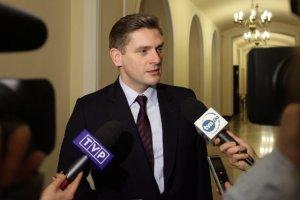 Bartosz Kownacki oświadczył dziś, że nie ma dowodów na nielegalne testowanie borni elektromagnetycznej w Polsce