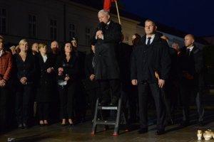 Jarosław Kaczyński podczas miesięcznicy smoleńskiej.