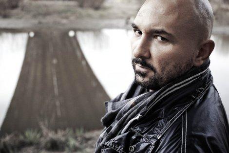 Patryk Vega to dziś jeden z najpopularniejszych polskich reżyserów.