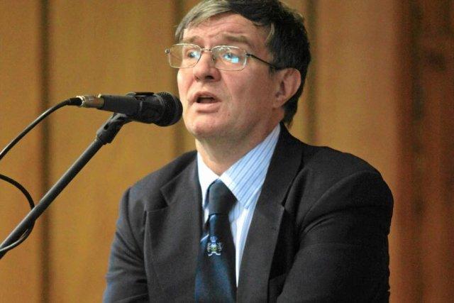 Dr Marek Wroński w trakcie wykładu