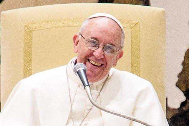 Papież Franciszek i Benedykt XVI spotkali się w sobotę w Castel Gandolfo.