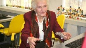 Pani Halina Herman w wieku 91 lat pojechała z wnukiem na Syberię