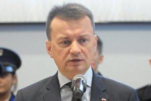 Mariusz Błaszczak ostrzega sprzedawców kart SIM.