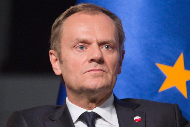 Donald Tusk od 1 grudnia 2014  pełni funkcję przewodniczącego Rady Europejskiej w szczególnie trudnym dla Unii Europejskiej okresie.