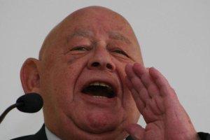 Jerzy Urban wzywa papieża, by nie przyjeżdżał do Polski