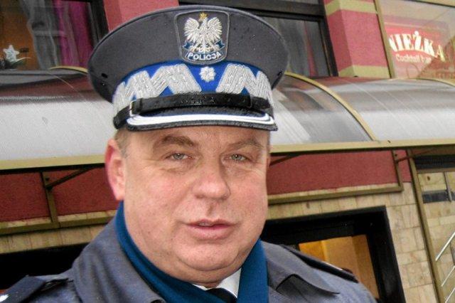 Komendant wojewódzki policji w Opolu nadinspektor Leszek Marzec miał uczestniczyć w kontrowersyjnej rozmowie, którą potajemnie nagrano.