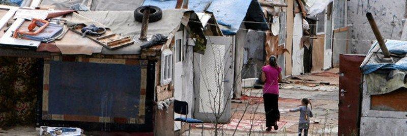 Jeszcze nieliczni wybierają edukację zamiast życia w obozowiskach