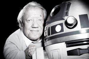 """Kenny Baker o jego R2-D2. Trudno sobie wyobrazić sagę """"Gwiezdne Wojny"""" bez tego postaci."""