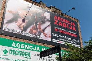 W Krakowie i innych miastach pojawiły się  plakaty antyaborcyjne ze zdjęciem nienarodzonego płodu.