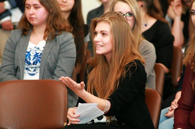 Uczniowie liceów o bezkompromisowych, prawicowych poglądach podobnych do słynnej już Marysi Sokołowskiej to w dużej mierze ludzie uformowani tak przez swoich nauczycieli.