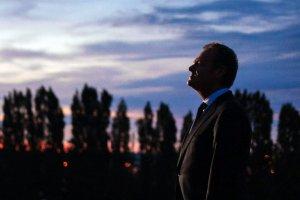 Na Donalda Tuska polowanie zaczyna nie tylko PiS, ale i opozycja. Bo wszyscy liderzy partyjni wiedzą, że były premier nadal im zagraża.