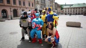 Anglicy podczas stag party, czyli wieczoru kawalerskiego na ulicach Krakowa