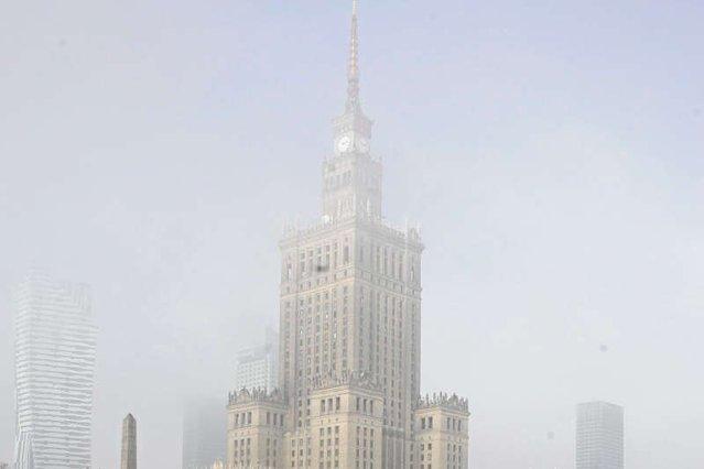 Radni PiS-u nie widzą problemu Warszawy ze smogiem.